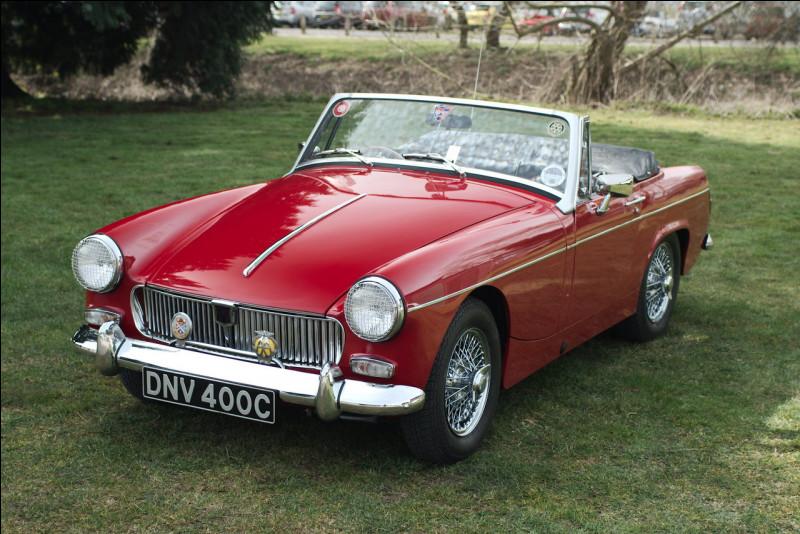 Parmi les petits cabriolets britanniques des années 1960-1970, le nom de Midget m'est vite venu. Quel constructeur a produit ce cabriolet ?