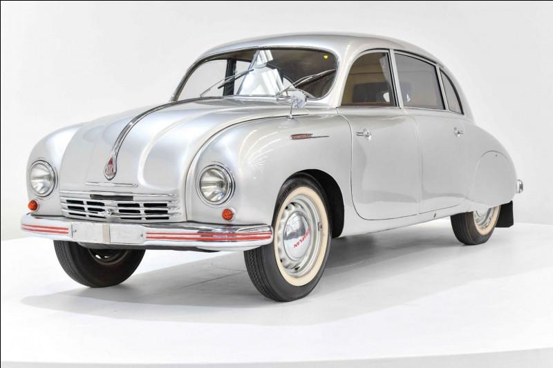 Les questions deviennent ardues : cette automobile se nomme 600 et nous vient de Tchécoslovaquie. Pouvez-vous me nommer son constructeur ?