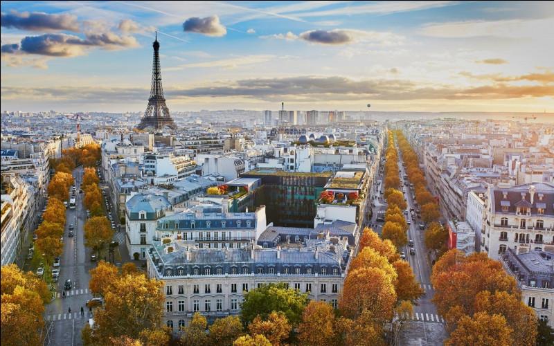 """À qui doit-on le roman """"Paris est une fête"""" ?"""