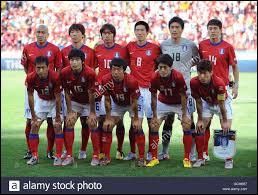 Quelle équipe asiatique, affrontée en 1986, s'inclina 4-1 lors du deuxième match ?