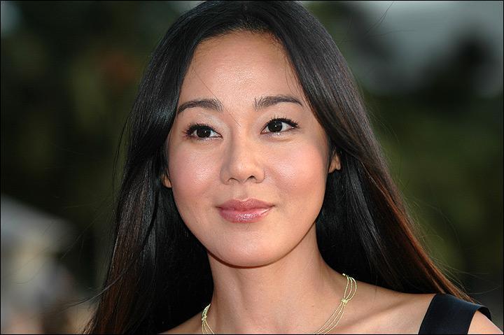 Comment s'appelle cette actrice ?