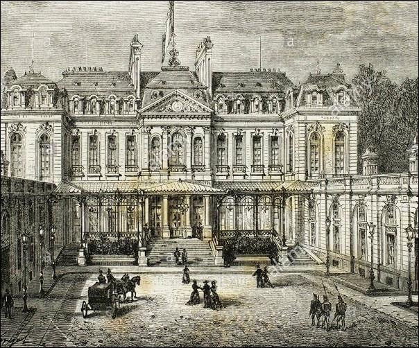 Quel est le premier président de la République à s'être installé au Palais de l'Élysée ?