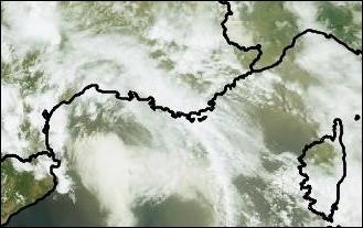 Quel vent du sud à sud-est, chaud et sec en été, souffle sur la Corse et les régions méditerranéennes en transportant du sable saharien ?