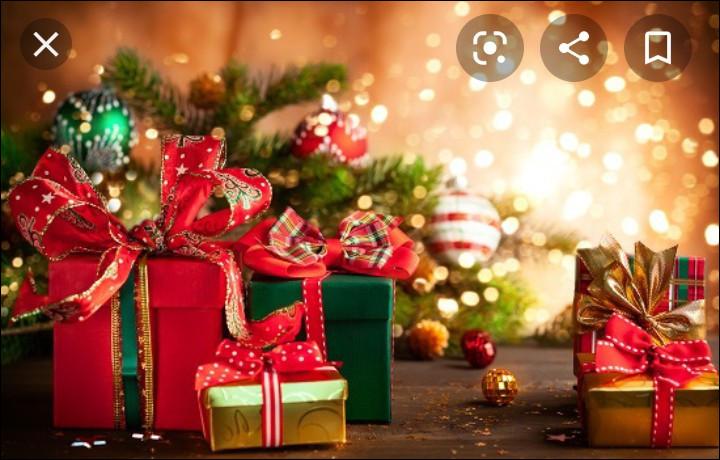 Pour Noël ou ton anniversaire, tu préfères avoir comme cadeau :