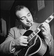 Quel guitariste de jazz français est né le 23 janvier 1910 à Liberchies dans le Hainaut ?