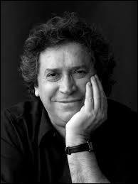 Franco Dragone est un metteur en scène qui a créé sa propre société de spectacles et d'événements à La Louvière.Pour qui a-t-il mis en scène un tour de chant à Las Vegas ?
