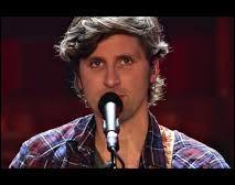 """À quel groupe emmené par le chanteur Marc Pinilla doit-on les titres """"L'indécideur"""", """"On s'en fout"""" ou encore """"Ni rancoeur ni colère"""" ?"""