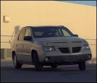 Télévision - Dans quelle série le personnage principal conduit-il une Pontiac Aztek ?
