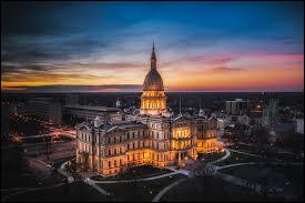 Mi comme Michigan : quelle est la capitale de cet État ?