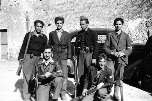 C'est une étape importante dans la lutte contre l'occupant : le 1er février 1944, les principaux groupements militaires de la Résistance intérieure fusionnent pour former ...