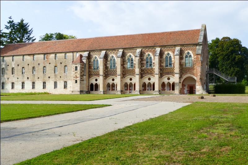 Où se trouve l'Abbaye de Cîteaux ?