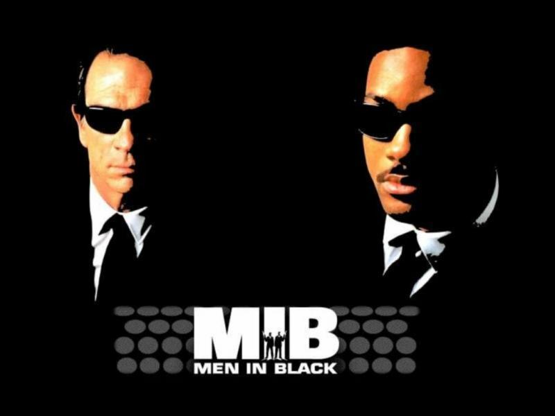 La musique de Men in Black a été composé par :