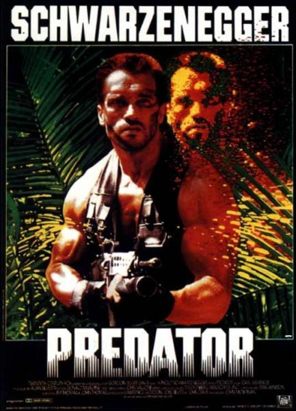 La musique de Predator a été composé par :
