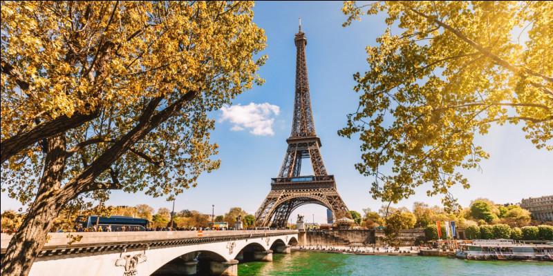 """À qui doit-on le recueil de poèmes """"Le Spleen de Paris"""" ?"""