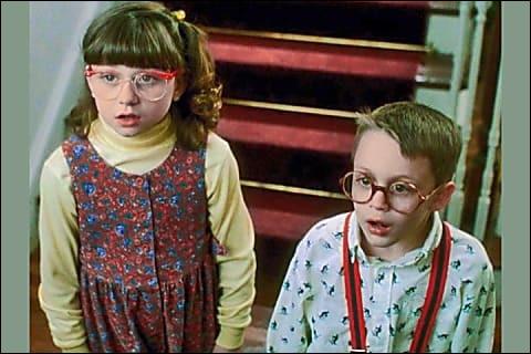 En quoi s'est déguisé le délinquant Harry Lyme pour entrer pour la première fois dans la maison de Kevin ?