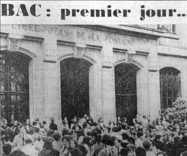 Avec le prolongement de la scolarisation, le nombre de bacheliers franchit un seuil en 1966 : il est alors de ...