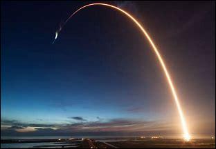 """Quel célèbre entrepreneur est à l'origine de la société """"Space X"""" ?"""