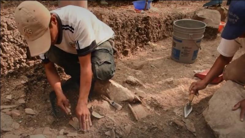 Direction le Mexique, dans l'État du Tabasco, des archéologues ont trouvé un nouveau site maya mais pas n'importe quel site : le plus grand et le plus vieux du Mexique. Quel est le nom de ce site ?