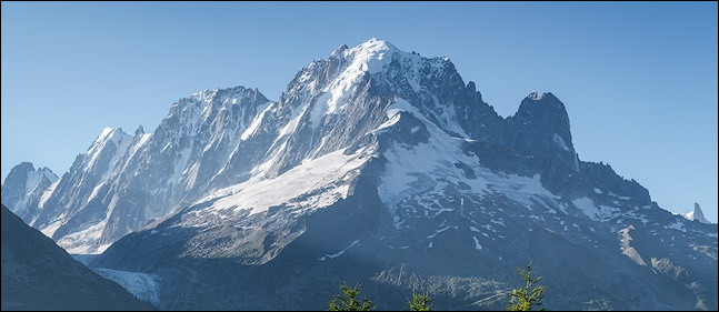 Dans quel pays trouve-t-on la chaîne des monts Oural ?