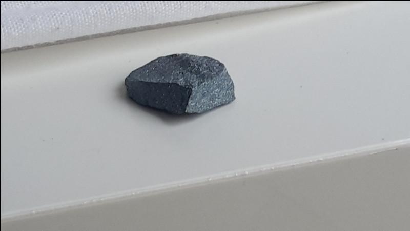 Allez, avant-dernière question ! Une autre pierre magnifique !