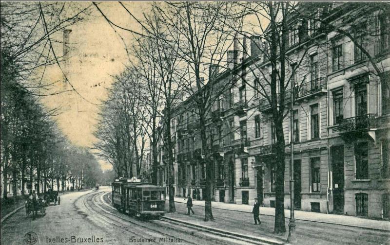 Dans quel département se situe la commune de Bessèges ?