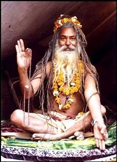 En Inde, quel nom porte la caste des prêtres ?