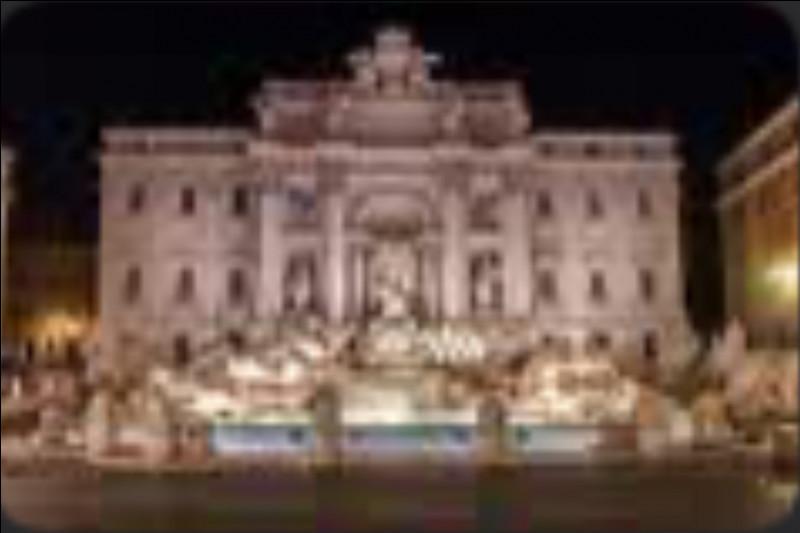 La Fontaine de Trevi - À quoi la Fontaine de Trevi à Rome se trouve-t-elle adossée ?