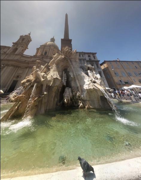 La piazza Navona - Sur les ruines de quoi la piazza Navona est-elle construite ?