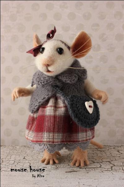 Comment s'appelle la souris de laboratoire dans le livre de Daniel Keyes ?