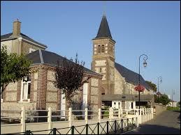 Je vous propose une balade en Normandie à Heuqueville. Commune de la métropole Havraise, elle se situe dans le département ...