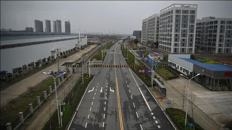Parmi ces villes, laquelle a une frontière avec Shenzhen ?