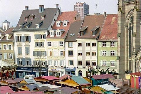 Commune du département du Haut-Rhin (68) peuplée de 13100 habitants.La commune est membre de Mulhouse Alsace Agglomération - Les mines de potasse d'Alsace - La commune a été décorée, le 11 novembre 1948, de la Croix de guerre 1939-1945.