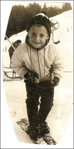 Cet enfant deviendra, plus tard, 50 ans plus tard, président de la République : c'est ...