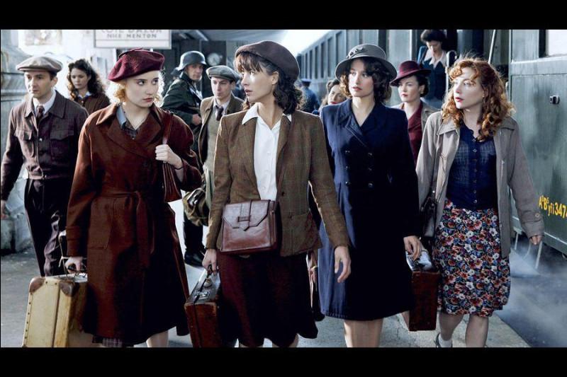 Pour libérer un agent britannique avant qu'il ne parle, Louise (Sophie Marceau) constitue un commando de femmes. Le commando reçoit ensuite un nouvel objectif. C'est ...