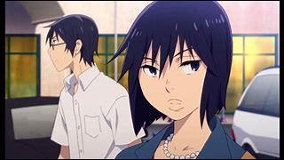 (Erased) Dans le premier épisode au supermarché, qu'empêche Sachiko, la mère de Satoru ?