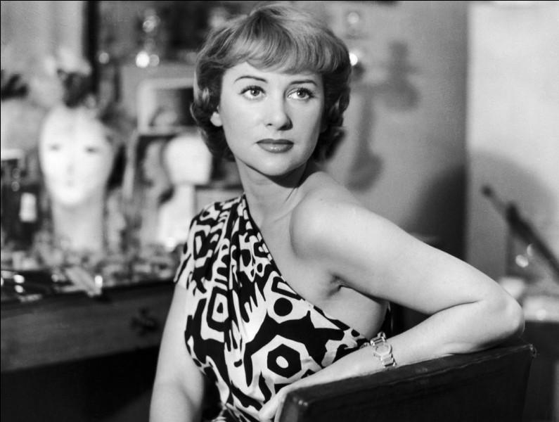 """Elle connu une grande célébrité dans la première moitié des années 50 avec """"Caroline chérie"""", """"Lucrèce Borgia"""", """"Lola Montès"""", """"Nana"""" : c'est ..."""