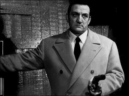 """Il débute en 1954, devient une vedette grâce à des films comme """"Le Gorille vous salue bien"""" et """"Le fauve est lâché"""" et surtout avec """"Les Tontons flingueurs"""", """"Les Barbouzes"""", """"Ne nous fâchons pas"""" : c'est ..."""
