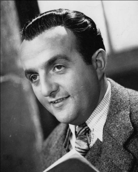 """Il débute sa carrière en 1937 et tient ses premiers rôles importants à la fin des années 40 avec """"Quai des Orfèvres"""" et """"Manèges"""". Il joue ensuite dans """"Les Grandes Familles"""", """"Le Président"""", """"Les Tontons flingueurs"""", """"Les Barbouzes"""" : c'est ..."""