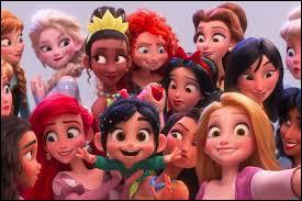"""Dans """"Les mondes de Ralph 2.0"""", que piquent les princesses Disney à Vanellope ?"""