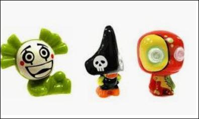 Succès des années 2011 à 2014, les Gogo's étaient des figurines d'environ 3 cm, hautes en couleurs, translucides, à paillettes, etc...Difficile de résister à leur charme, plus de 400 en tous genres, c'est peu dire que les échanges faisaient du bruit dans les cours de l'école. Mais quelle était la particularité du sachet de Gogo's lors de son achat ?