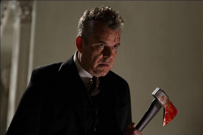 Quel est ce personnage joué par Danny Huston ?