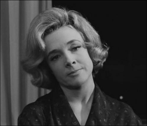 """Elle a débuté à la fin des années 30 une longue carrière de 75 années. Elle a joué dans """"Le Diable au corps"""", """"La Dame aux camélias"""", """"La mariée est trop belle"""", """"Le Baron de l'écluse"""" : c'est ..."""