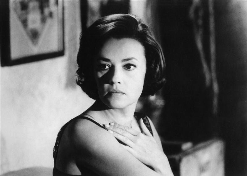 """Elle débute au cinéma en 1950, joue en 1961 dans """"La Nuit"""" de Michelangelo Antonioni puis dans """"Le Procès"""" d'Orson Welles, """"Jules et Jim"""", """"Le Journal d'une femme de chambre"""" : c'est ..."""