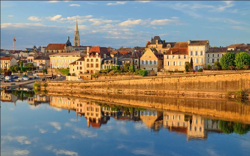 Quel fleuve traverse Bergerac ?