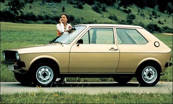 En 2020, une A1 de milieu de gamme ne diffère pas beaucoup, techniquement parlant, d'une Seat Ibiza. Dans les années 70, ce mélange des classes avait déjà lieu et allait plus loin encore. Voici la X, parfait clone de la Y.