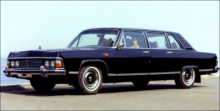 """Plus grosse limousine de ce quiz, elle nous vient d'URSS. Ce véhicule a principalement été utilisé par différents chefs d'États et son nom signifie """"Mouette"""". Quel est son nom ?"""