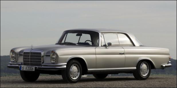 Symbole de la voiture de luxe allemande, aujourd'hui nous connaissons cette berline sous son nom abrégé. Pouvez-vous me nommer cette berline ?