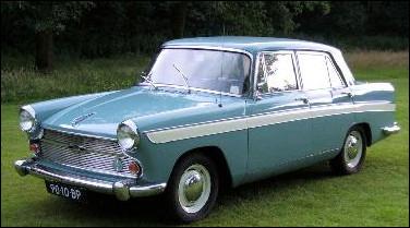 Connue pour son université, cette ville britannique a vu son nom apposé sur cette automobile fabriquée par British Leyland. Quel modèle est-ce ?