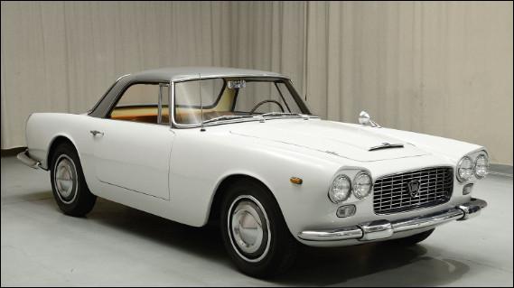 Les voitures produites dans les années 60 sont pour moi les plus belles, surtout celles qui viennent d'Italie comme celle en illustration. J'ai oublié son nom, parmi ces trois noms lequel est juste ?