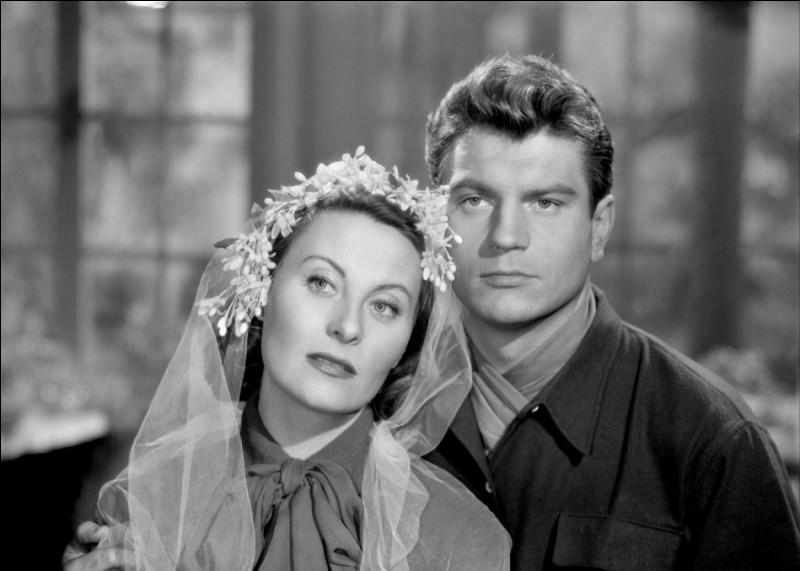 """Il forme avec Michèle Morgan un couple mythique dans plusieurs films à succès des années 50 comme """"L'Étrange Madame X"""", ou """"Pourquoi viens-tu si tard""""; il tient le premier rôle dans """"Série noire"""", """"Les Salauds vont en enfer"""" : c'est ..."""
